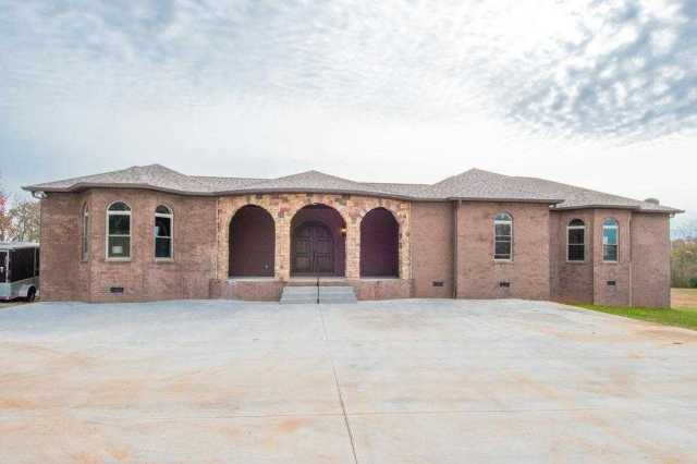 $475,000 - 4Br/4Ba -  for Sale in 8.27 Acres, Springfield