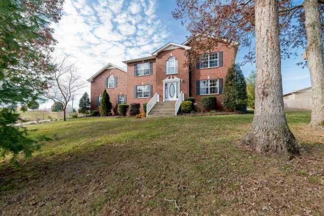 $329,900 - 3Br/3Ba -  for Sale in Sugar Hills Sub Sec 2, Ashland City