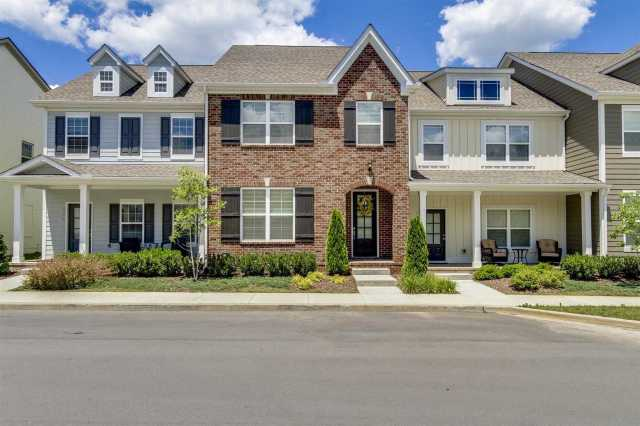 $329,000 - 3Br/3Ba -  for Sale in Shadow Green, Franklin