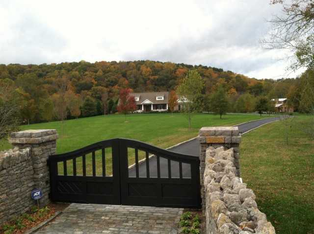 $1,675,000 - 4Br/5Ba -  for Sale in Leipers Fork, Franklin