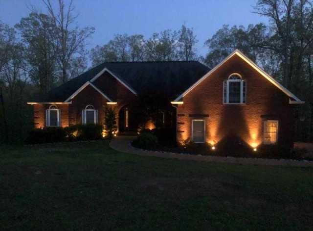 $425,000 - 3Br/3Ba -  for Sale in Hidden Lake, Ashland City