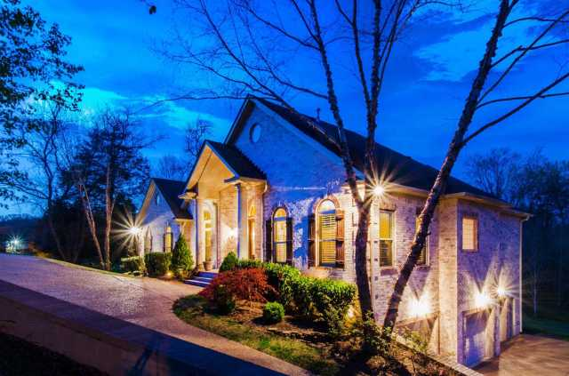 $567,900 - 6Br/4Ba -  for Sale in Greenview Estates, Goodlettsville