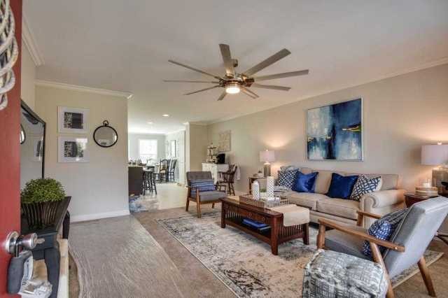 $449,988 - 5Br/3Ba -  for Sale in None, Fairview