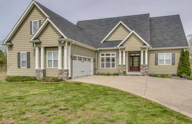 $459,900 - 3Br/2Ba -  for Sale in Yellow Ck Acres, Dickson
