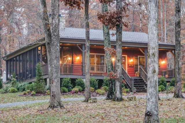 $1,050,000 - 2Br/2Ba -  for Sale in Hope Ridge, Franklin