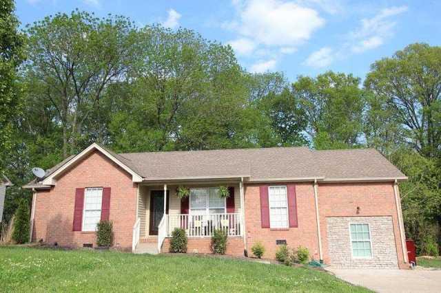 $229,900 - 4Br/2Ba -  for Sale in Cimmaron Trace Sec 4, Goodlettsville