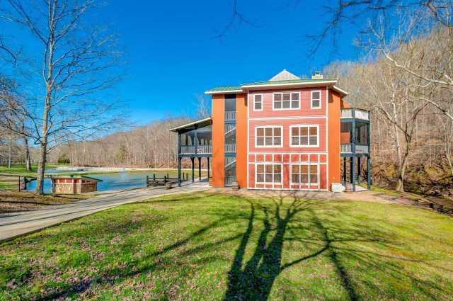 $2,295,000 - 2Br/3Ba -  for Sale in 138 Ac W/ Unique Home, Franklin