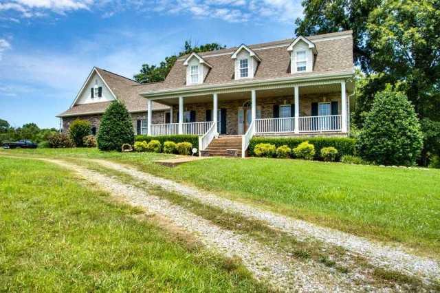 $859,900 - 4Br/4Ba -  for Sale in None, Charlotte