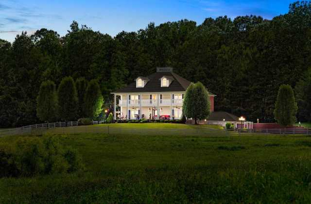 $695,000 - 3Br/4Ba -  for Sale in None, Clarksville