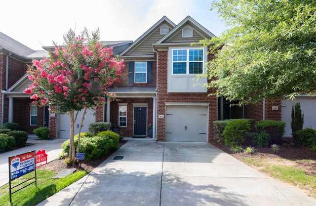 $264,900 - 3Br/3Ba -  for Sale in Oakhill Townhomes, Nashville