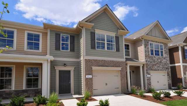 $249,045 - 3Br/3Ba -  for Sale in Woodmont, Smyrna