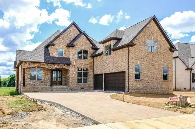 $656,500 - 5Br/5Ba -  for Sale in Autumn Ridge, Spring Hill