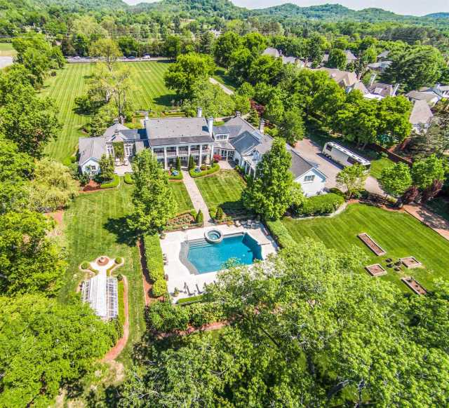 $7,800,000 - 6Br/8Ba -  for Sale in 16 Acres, Nashville