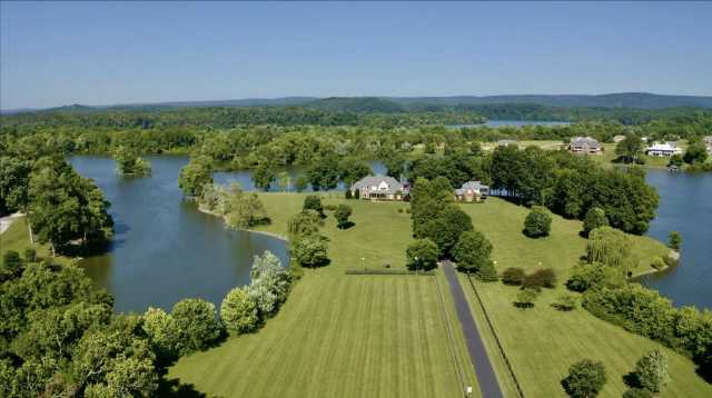 $3,000,000 - 7Br/7Ba -  for Sale in Lake Front Equistrian Farm, Dayton