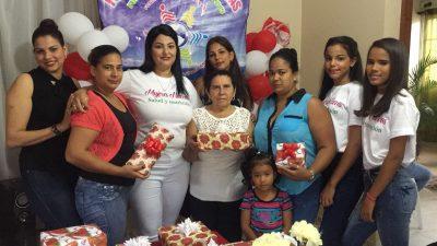 Fundación Mujeres Nuevas Realiza Actividad por Motivo al Día de las Madres.