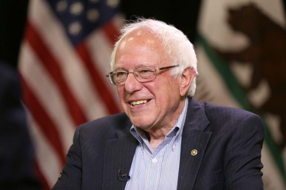 Bernie Sanders se cayó en el baño y crecen dudas sobre su edad para enfrentar a Trump