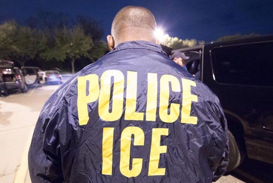 ICE logra récord en detención de inmigrantes indocumentados