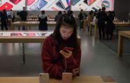 """Google rompe con Huawei: ¿corre Apple el riesgo de """"caer en desgracia"""" en China por el conflicto con Estados Unidos?"""