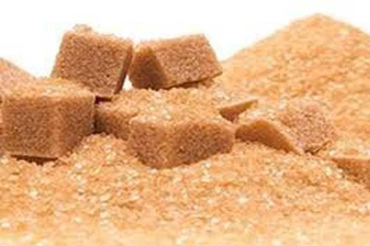 Precio del azúcar crudo termina sesión a la baja
