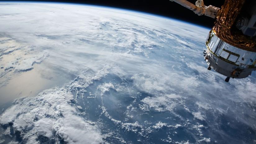 Fuerza Aérea de EE.UU. alerta sobre el posible choque de un módulo estadounidense contra un satélite soviético