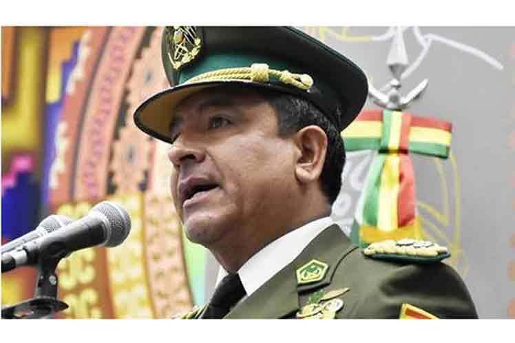 Comandante de la Policía se suma a pedido de renuncia de Evo