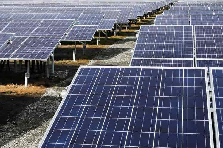 Erigirán 21 plantas de energía renovable en central nuclear de Japón