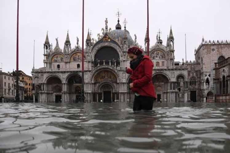 Estiman en mil millones de euros daños por inundaciones en Venecia