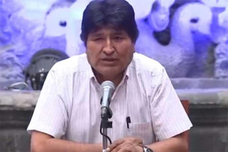 Gran actividad de Evo Morales en primer día de asilo en México