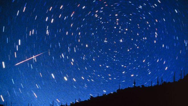¿Somos polvo de estrellas? Las dos teorías que explican que la vida llegó a la Tierra desde el espacio