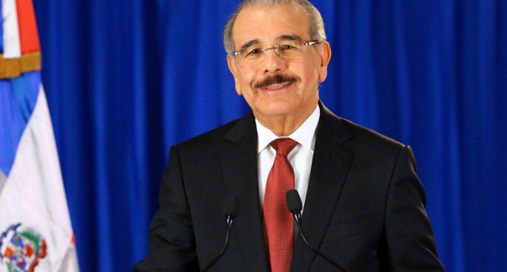 Presidente Medina llama a la convivencia pacífica; apoya a la JCE y garantiza recursos para elecciones