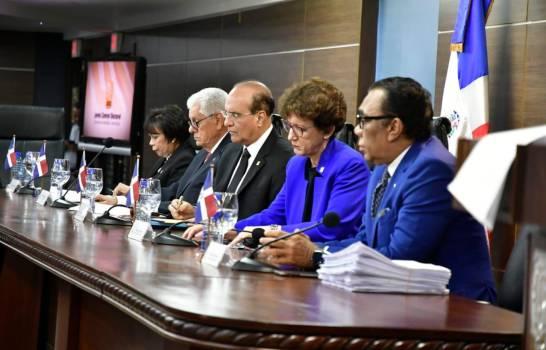 JCE sigue adelante con preparativos para las elecciones del 17 de mayo