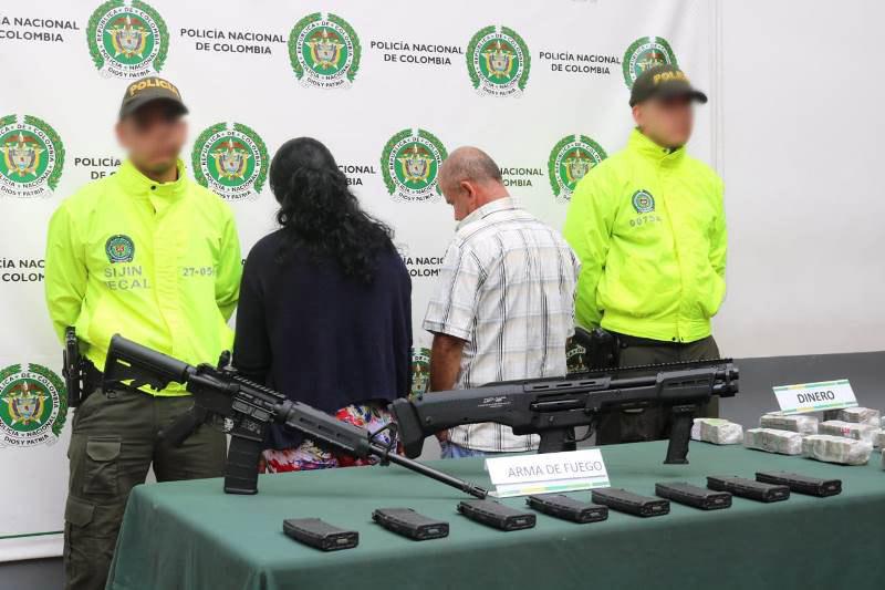La Policía se incauta arsenal de 26 fusiles de asalto en el norte de Colombia