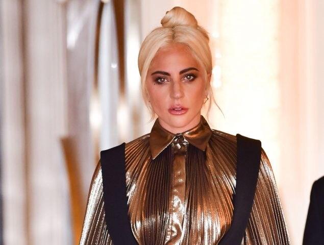 Lady Gaga está de regreso ¿pero dónde queda la chispa?