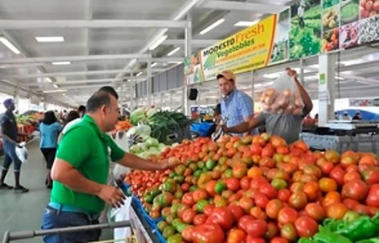 El Gobierno garantiza el abastecimiento de alimentos en comercios