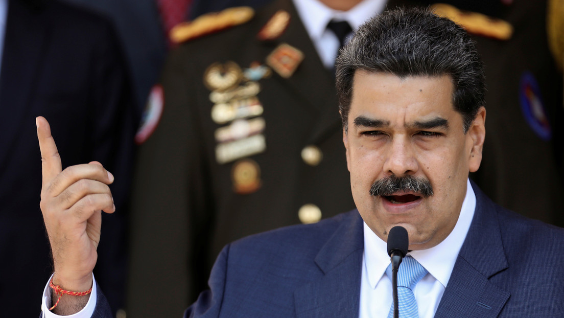 """Maduro denuncia que un """"buque pirata de turistas"""" atacó y hundió una embarcación de la Armada venezolana"""