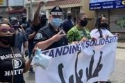 NUEVA JERSEY: Policías se unen a las protestas en el condado de Camden