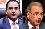 Comunicador Salvador Holguín dice no comprende la lloradera del corrupto y traidor exmandatario Danilo Medina pues fue él quien destruyó el PLD, legado del profesor  Bosch