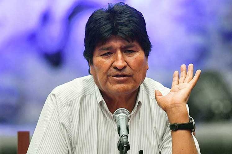 Denuncia Evo Morales persecución de exfuncionarios en Bolivia