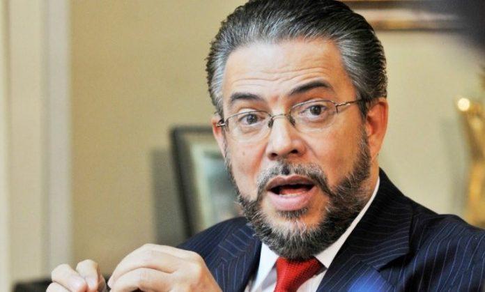 Presidente de Alianza País  Guillermo Moreno dice que su partido no se opondría reducción fondos a partidos