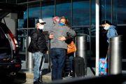 """""""Mantente seguro y quédate en casa"""": Autoridades 'ruegan' a neoyorquinos no viajar este Thanksgiving"""