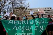 Despenalización del aborto en Chile: El 21 de abril culminarán las audiencias en la Cámara de Diputados y después se votaría en el pleno