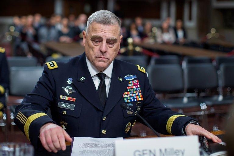La cúpula militar de EEUU condenó el asalto al Capitolio de los partidarios de Trump