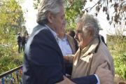 Resaltan condecoración argentina a expresidente uruguayo José Mujica