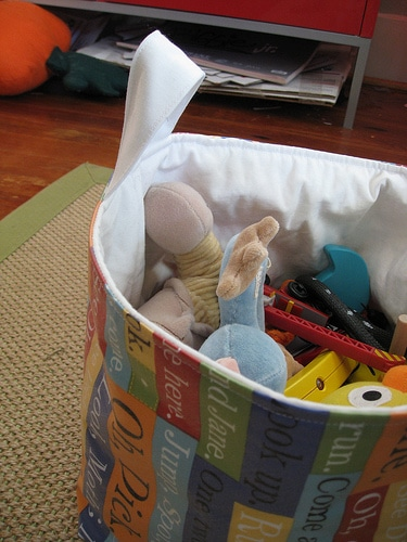 list of ways to organize toys in children's bedrooms or playroom   ListPlanIt.com