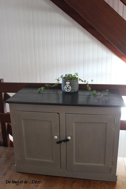 Id e relooking cuisine tr s vieux meuble relook en for Peinture liberon pour meuble