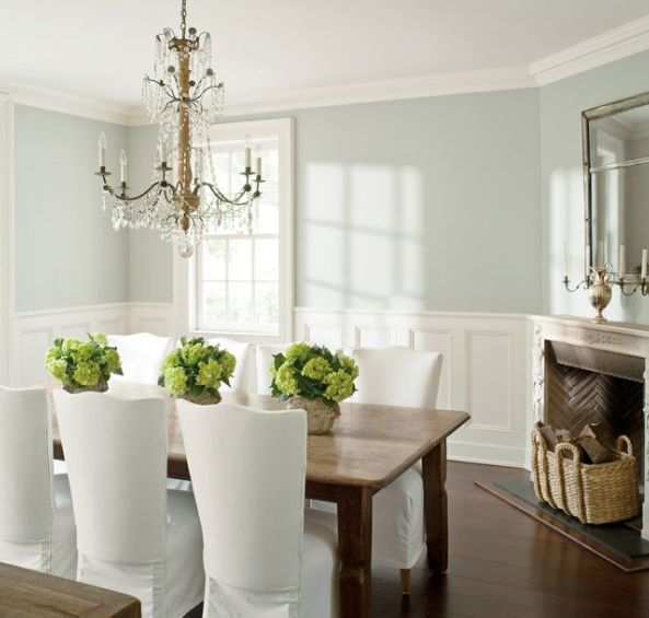 8 Benjamin Moore Paint Colours For A