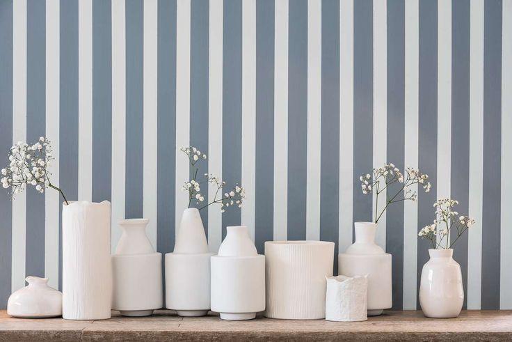 D co salon couleur 2017 bleu gris tendance peinture dulux valentine salon raye listspirit for Peinture gris bleu