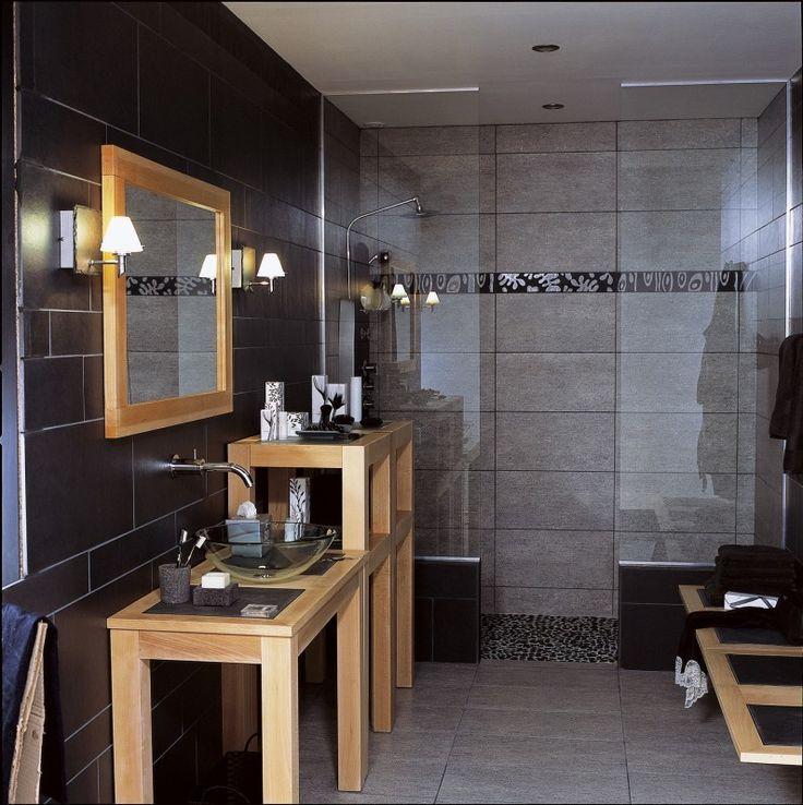Id e d coration salle de bain salle de bains bois noir for Idee salle de bain bois