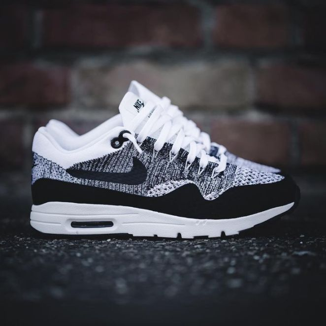 tendance chaussures 2017 tendance basket femme 2017 nike air max 1 ultra flyknit 843384 100. Black Bedroom Furniture Sets. Home Design Ideas