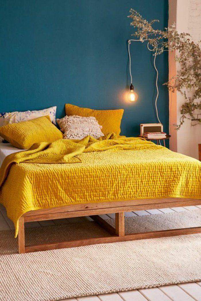 D co salon mur bleu canard chambre jaune moutarde mur for Decoration murale jaune moutarde